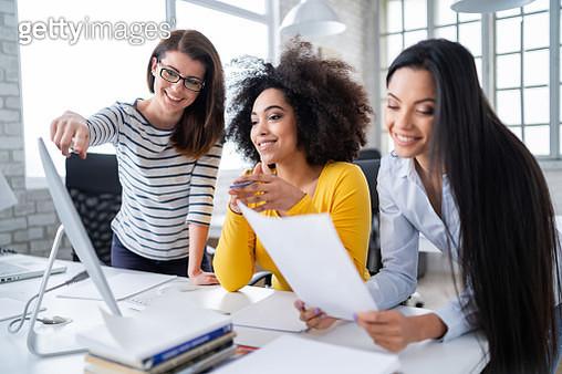 Successful Multi-Ethnic business team - gettyimageskorea