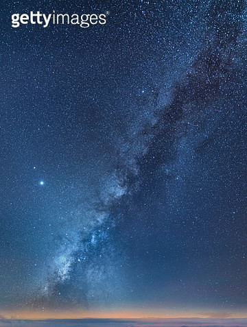 Shape of the Milky Way - gettyimageskorea