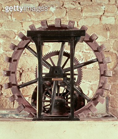 <b>Title</b> : Model of a water wheel from one of Leonardo's drawings<br><b>Medium</b> : <br><b>Location</b> : Leonardo Museum, Vinci, Italy<br> - gettyimageskorea