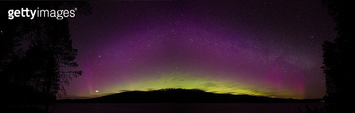 Northern Lights and the Milky Way - gettyimageskorea