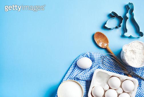 Easter baking. Ingredients and kitchen items for baking. Kitchen utensils, flour, eggs, sugar. - gettyimageskorea