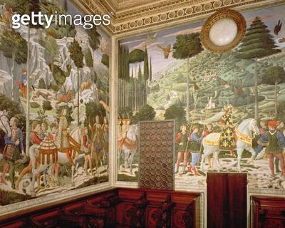 <b>Title</b> : The Procession of the Magi, 1459-60 (fresco)Additional Infocommissioned by Piero di Cosimo;<br><b>Medium</b> : <br><b>Location</b> : Palazzo Medici-Riccardi, Florence, Italy<br> - gettyimageskorea