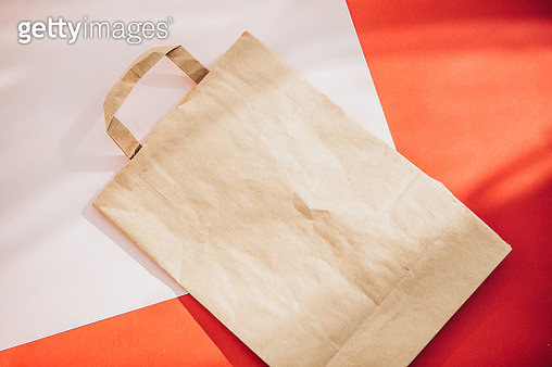 top view paper bag in red and pink colors - gettyimageskorea