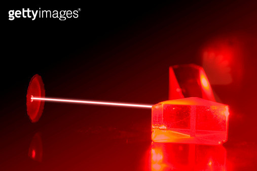 Experiment with a laser - gettyimageskorea