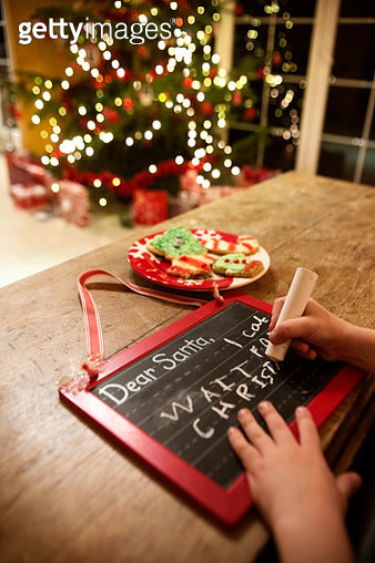 Chalkboard with Child's Message to Santa - gettyimageskorea