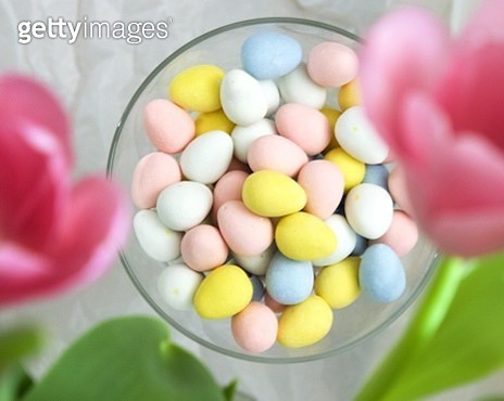 Directly Above Shot Of Colorful Easter Eggs In Glass Bowl - gettyimageskorea