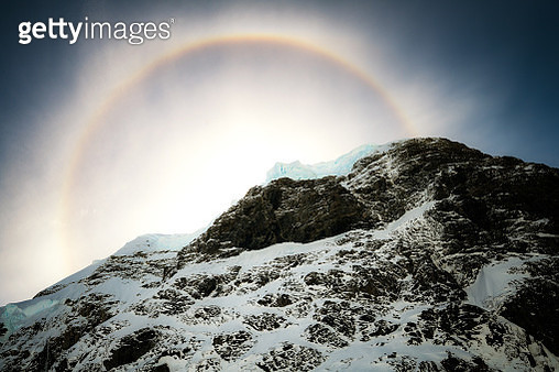 Halo abow the mountain at Lemaire Channel, Antarctica - gettyimageskorea