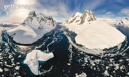 Lemaire Channel - gettyimageskorea