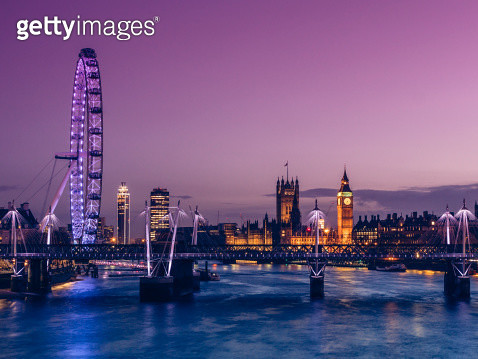 House of Parliament at dusk, London, UK - gettyimageskorea