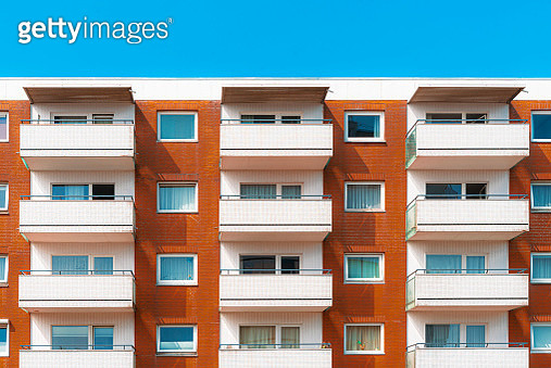 Low Angle View Of Apartment Building - gettyimageskorea