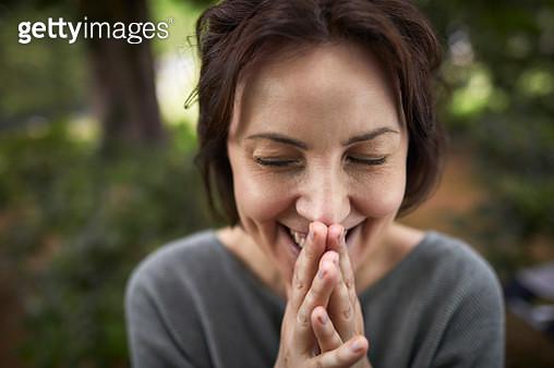 Portrait of hapy brunette woman contemplating - gettyimageskorea