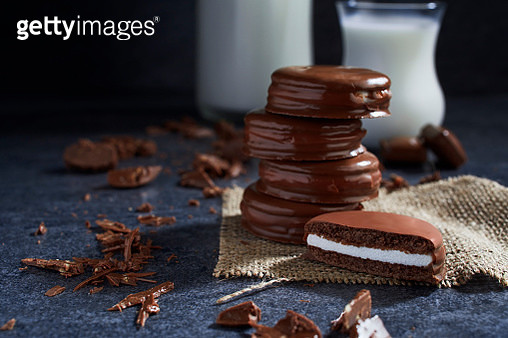 Vanilla Cream Filled Chocolate Cookies - gettyimageskorea