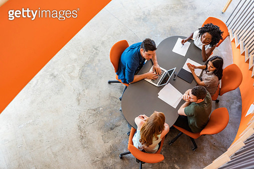Top Down View of Open Plan Business Meeting - gettyimageskorea