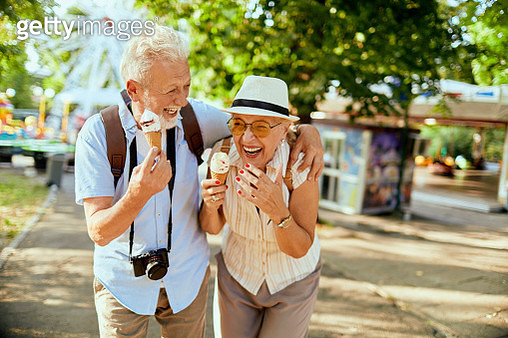 Senior Couple - gettyimageskorea