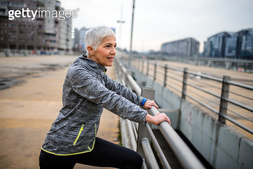 Sporty mature woman. - gettyimageskorea