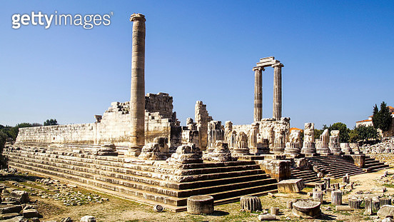 The ruins of Didyma are located at a short distance to the northwest of modern Didim in Aydin Province, Turkey. They contained a temple and oracle of Apollo, the Didymaion. - gettyimageskorea