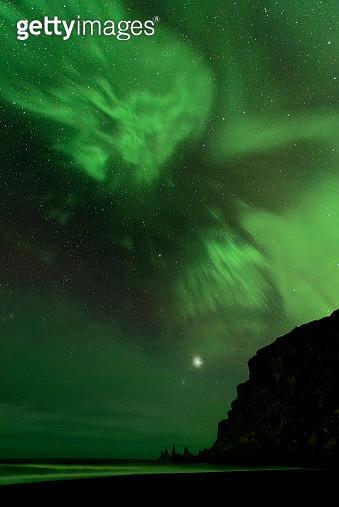 'Vik, Reynisdrangar, Iceland' - gettyimageskorea