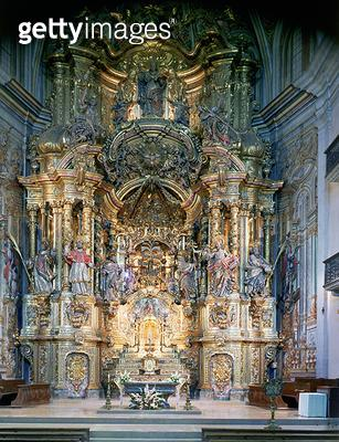 118-0009036/2 Altarpiece: The Miracle in the Sanctuary of the Church of the Miracle/ by C. Moreto IBrugueroles and A. Bordons/ 18th century - gettyimageskorea