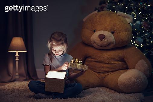 Christmas gift - gettyimageskorea