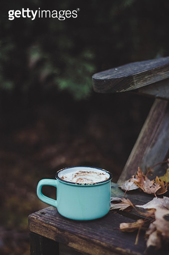 Hot chocolate outdoor in autumn - gettyimageskorea