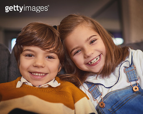 The bond between brother and sister - gettyimageskorea