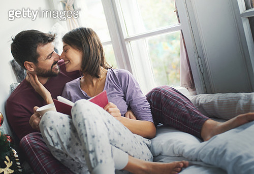 Relaxing weekend morning with a book. - gettyimageskorea