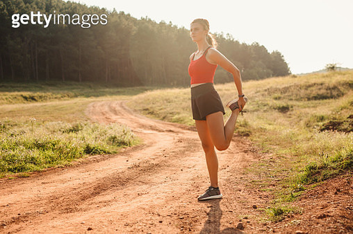 Sport woman stretch, preparing for workout - gettyimageskorea