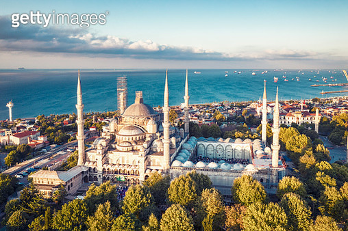 Sunrise drone Photo of Blue Mosque - gettyimageskorea