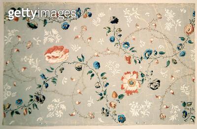 <b>Title</b> : Wallpaper design with scattered flowers<br><b>Medium</b> : <br><b>Location</b> : Deutsches Tapetenmuseum, Kassel, Germany<br> - gettyimageskorea