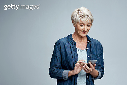 Staying in contact is important to her - gettyimageskorea