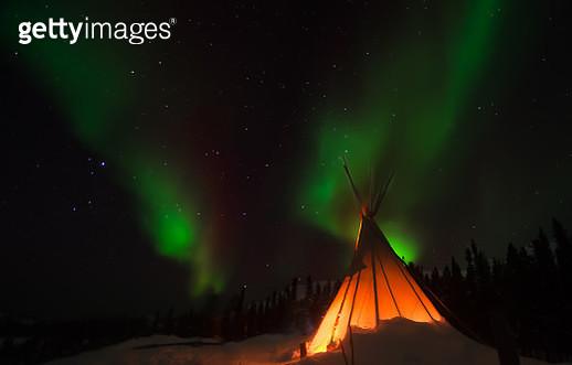 Arctic Night - gettyimageskorea