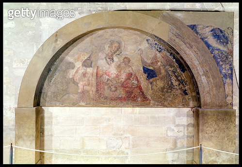 <b>Title</b> : Tympanum depicting the Virgin of Humility with the Christ Child surrounded by angels, 1341 (fresco)<br><b>Medium</b> : fresco<br><b>Location</b> : Palais des Papes, Avignon, France<br> - gettyimageskorea