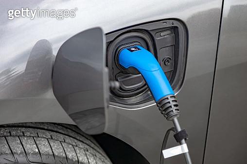 Charging electric car - gettyimageskorea