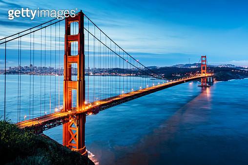 Golden Gate Bridge Sunrise San Francisco California USA - gettyimageskorea
