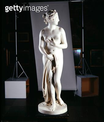 <b>Title</b> : Venus, c.1818-20 (marble) (see also 259676-259678)<br><b>Medium</b> : marble<br><b>Location</b> : Leeds Museums and Galleries (City Art Gallery) U.K.<br> - gettyimageskorea