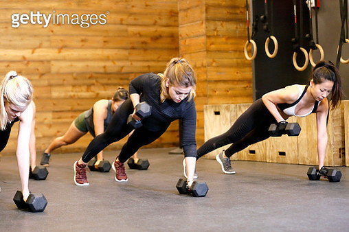 Women working out in Gym - gettyimageskorea