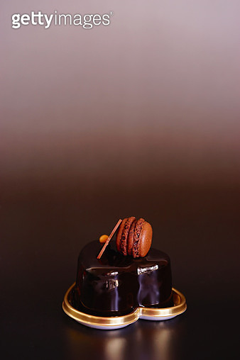 Macaroon and Chocolate Cake - gettyimageskorea