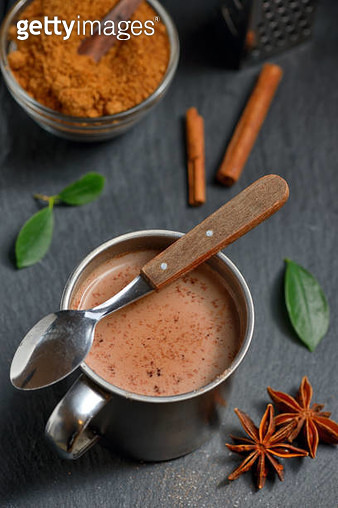 High Angle View Of Hot Chocolate In Mug By Ingredients On Table - gettyimageskorea