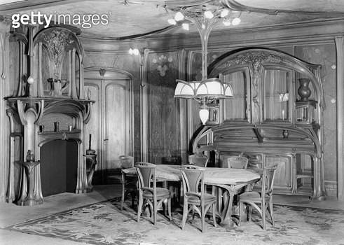 <b>Title</b> : Art Nouveau dining room, 1903-06 (b/w photo)<br><b>Medium</b> : <br><b>Location</b> : Musee de l'Ecole de Nancy, Meurthe-et-Moselle, France<br> - gettyimageskorea