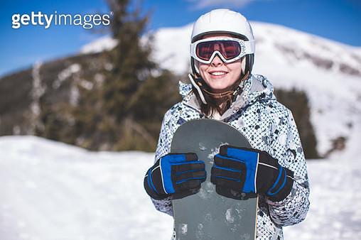 Cute Snowboarder Girl - gettyimageskorea