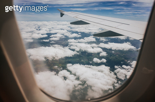 View out of airplane window. - gettyimageskorea