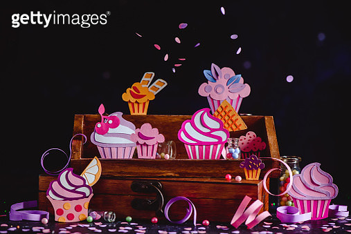 Bite the Cupcake. Part 4 - gettyimageskorea