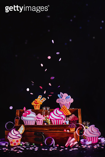 Bite the Cupcake. Part 6 - gettyimageskorea