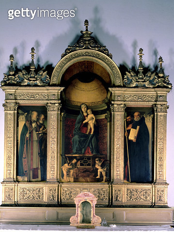<b>Title</b> : Madonna and Child and Saints (triptych altarpiece)<br><b>Medium</b> : <br><b>Location</b> : Santa Maria Gloriosa dei Frari, Venice, Italy<br> - gettyimageskorea