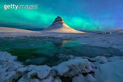 Kirkjufell Mountain at Snæfellsnes Penisula West of Iceland - gettyimageskorea
