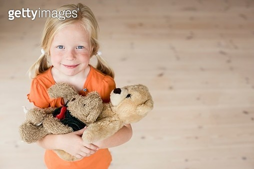 Young girl with teddy bears - gettyimageskorea