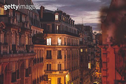 Autumn in Paris - gettyimageskorea