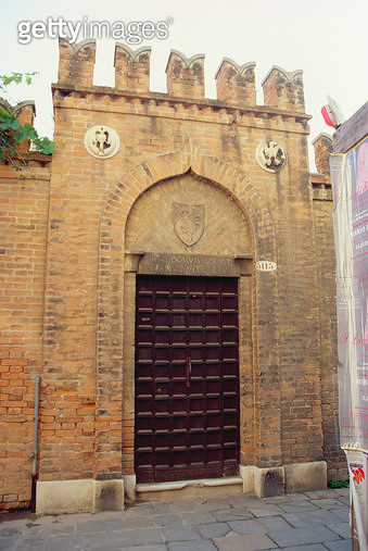 <b>Title</b> : Entrance to Titian's House in Calle Larga dei Botteri (photograph)Additional Infocommemorative plaque inscribed 'Titianus Vecell<br><b>Medium</b> : <br><b>Location</b> : <br> - gettyimageskorea
