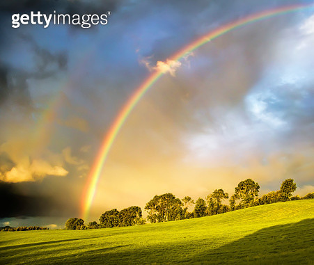 Double rainbow landscape in beautiful  Irish landscape scenery, taken on sunny and rainy day. Co.Tipperary Ireland. - gettyimageskorea