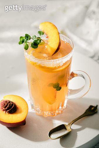 Fresh lemonade with peach - gettyimageskorea